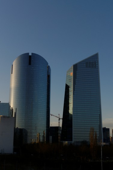la défense matin_2010 04 01_0001_DxO_raw